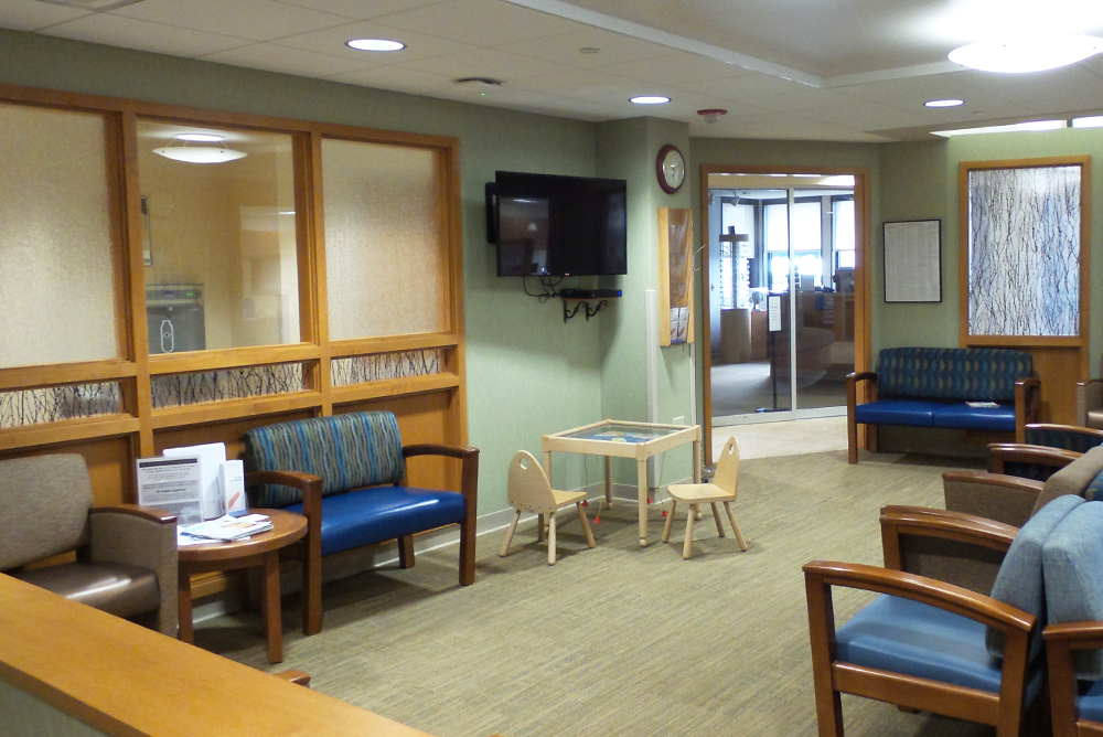 Mayo Clinic Health System  - Tomah Clinic Patient Lounge Area