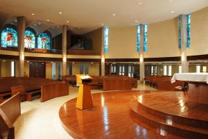 Roncalli Newman Catholic Parish Alter 2