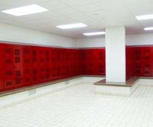 De Soto Middle/High School Locker Room