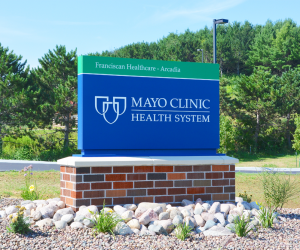 Mayo Clinic Health System - Arcadia Clinic Exterior 4