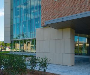 University of Wisconsin - La Crosse - Prairie Springs Science Center - Exterior 5