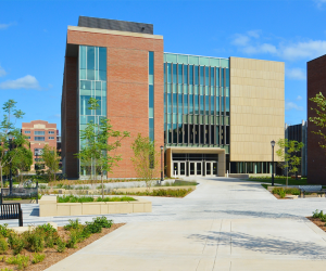 University of Wisconsin - La Crosse - Prairie Springs Science Center - Exterior 3